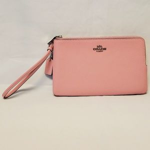 💼 Coach Light Pink Leather Double Zip Wallet